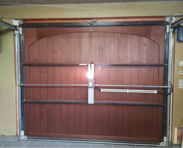 AUTOBOX 3000 Automatisatie voor binnenblijvende garagepoorten