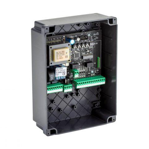 F4PLUS besturing voor draaihek automatisering